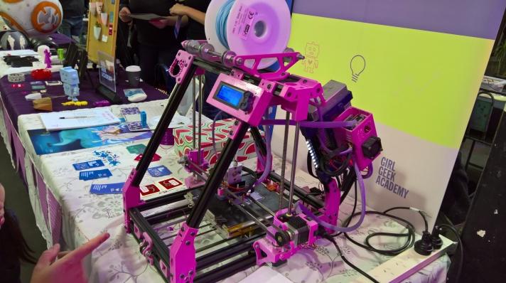Hello Thingy! Girl Geek's custom 3D printer